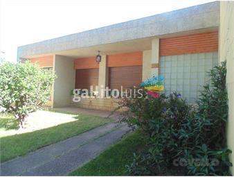 https://www.gallito.com.uy/casa-centrica-en-muy-buenas-condiciones-inmuebles-19282671