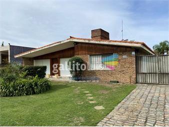 https://www.gallito.com.uy/casa-en-carrasco-4-dormitorios-inmuebles-17264793