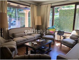 https://www.gallito.com.uy/muy-linda-casa-en-carrasco-norte-en-venta-inmuebles-19288417