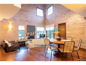https://www.gallito.com.uy/casa-a-la-venta-carrasco-3-dormitorios-2-baños-piscina-inmuebles-17056873
