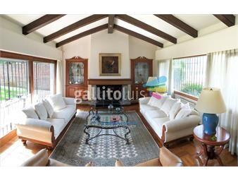 https://www.gallito.com.uy/clasica-casa-de-carrasco-en-2-plantas-5-dormitorios-inmuebles-19290267