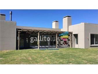 https://www.gallito.com.uy/venta-casa-en-barrio-privado-inmuebles-19225444