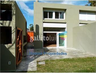 https://www.gallito.com.uy/venta-casa-parque-miramar-inmuebles-19293779