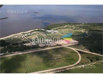 https://www.gallito.com.uy/terreno-en-colonia-del-sacramento-unico-barrio-cerrado-cl-inmuebles-19280237