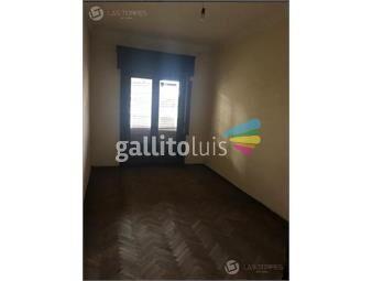 https://www.gallito.com.uy/apartamento-cordon-3ro-por-escaleras-frente-gc-2200-inmuebles-19261252