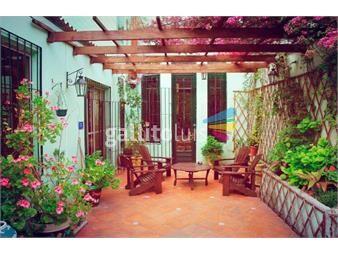https://www.gallito.com.uy/casa-centro-montevideo-sobre-maldonado-con-piscina-y-am-inmuebles-18204838