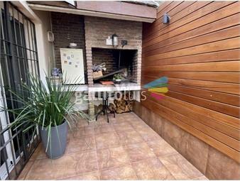 https://www.gallito.com.uy/venta-casa-pocitos-3-dormitorios-estar-escritorio-parri-inmuebles-19251255