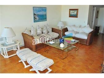 https://www.gallito.com.uy/apartamento-en-brava-3-dormitorios-inmuebles-18411454