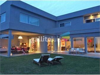 https://www.gallito.com.uy/casa-en-venta-con-renta-en-la-tahona-ref-6295-inmuebles-18488582