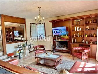 https://www.gallito.com.uy/casa-de-cinco-dormitorios-en-alquiler-anual-en-playa-mansa-inmuebles-19346055