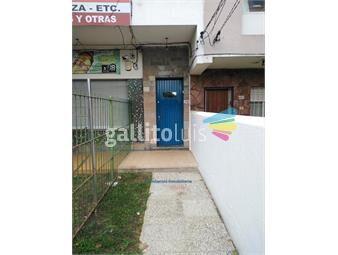 https://www.gallito.com.uy/apartamento-en-colon-inmuebles-19057215