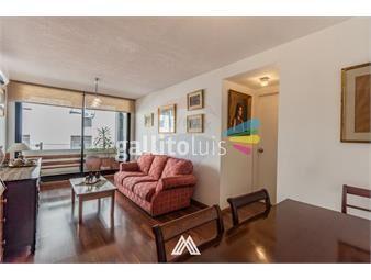 https://www.gallito.com.uy/apartamento-3-dormitorios-con-garaje-ciudad-vieja-inmuebles-19359382