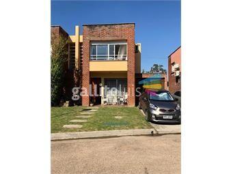 https://www.gallito.com.uy/casa-en-solymar-3-dormitorios-2-baños-garaje-inmuebles-19339031