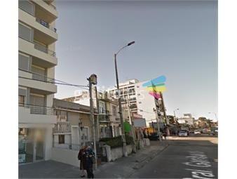 https://www.gallito.com.uy/terreno-venta-la-blanqueada-garibaldi-y-bulevar-artigas-485-inmuebles-19361210