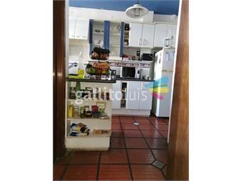 https://www.gallito.com.uy/amplios-ambientes-muy-luminoso-inmuebles-18266091