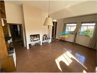 https://www.gallito.com.uy/vendo-casa-de-3-dormitorios-y-2-baños-en-jacinto-vera-inmuebles-18244277