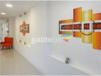 https://www.gallito.com.uy/venta-apartamento-de-1-dormitorio-con-terraza-y-garaje-en-t-inmuebles-19391839