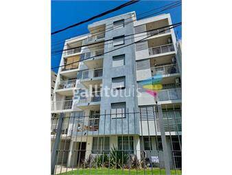 https://www.gallito.com.uy/apartamento-de-2-dormitorios-en-av-agraciada-inmuebles-19392636