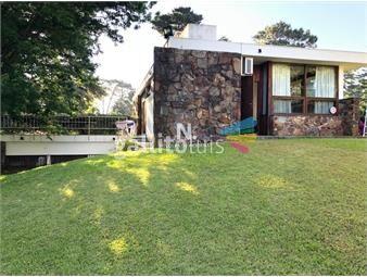 https://www.gallito.com.uy/hermosa-casa-de-3-dormitorios-en-venta-inmuebles-19392670