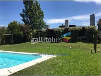 https://www.gallito.com.uy/divina-en-barrio-privado-inmuebles-19398669