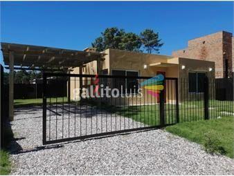 https://www.gallito.com.uy/a-estrenarcasa-en-zona-parque-burnett-inmuebles-19415417