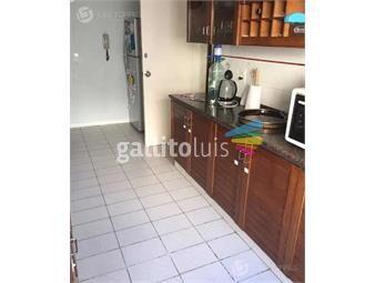 https://www.gallito.com.uy/apartamento-pocitos-amplio-calefaccion-doble-gge-gc-inmuebles-19259727