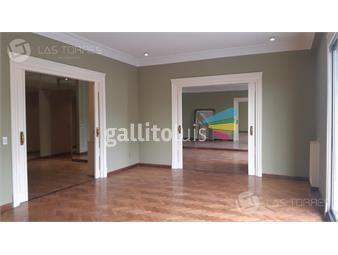 https://www.gallito.com.uy/apartamento-centro-lindo-al-frente-amplio-buen-punto-inmuebles-19259973