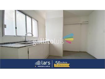 https://www.gallito.com.uy/apartamento-en-alquiler-pocitos-lars-inmuebles-19396651