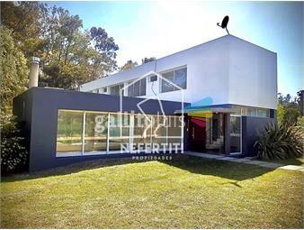 https://www.gallito.com.uy/excelente-casa-en-barrio-privado-inmuebles-19066819