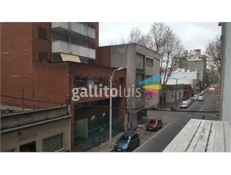https://www.gallito.com.uy/excelente-apartamento-sobre-av-18-de-julio-inmuebles-19433062