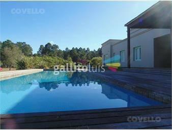 https://www.gallito.com.uy/casa-luminosa-hermosa-vista-al-rio-amplio-parque-segurid-inmuebles-19282991