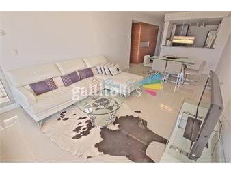 https://www.gallito.com.uy/apartamento-en-alquiler-anual-en-playa-brava-2-dormitorios-inmuebles-18330944