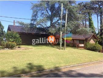https://www.gallito.com.uy/casa-en-venta-mansa-punta-del-este-5-dormitorios-inmuebles-15008385
