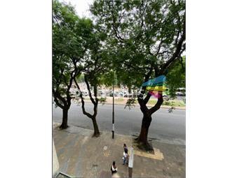 https://www.gallito.com.uy/casatroja-venta-apartamento-4-dormitorios-en-parque-batlle-inmuebles-19351475