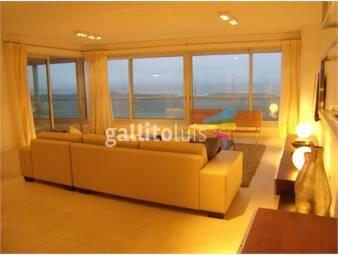 https://www.gallito.com.uy/apartamento-en-brava-3-dormitorios-inmuebles-19479631