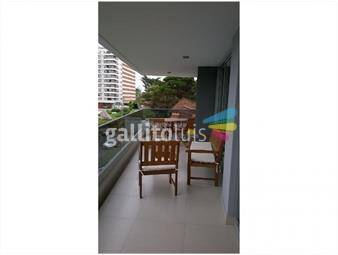 https://www.gallito.com.uy/apartamento-en-brava-3-dormitorios-inmuebles-19480400