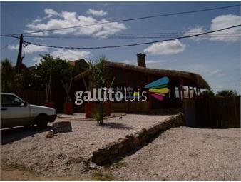 https://www.gallito.com.uy/casa-en-punta-piedras-3-dormitorios-inmuebles-19480454