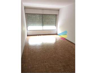 https://www.gallito.com.uy/apartamento-sobre-18-de-julio-proximo-3-cruces-inmuebles-19049001
