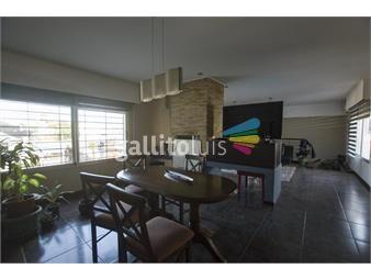 https://www.gallito.com.uy/minimalista-concepto-abierto-4-dormitorios-terraza-de-inmuebles-18947669