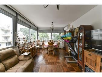 https://www.gallito.com.uy/venta-apartamento-de-3-dorm-con-patio-en-el-corazon-de-poci-inmuebles-19352879