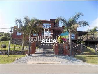 https://www.gallito.com.uy/casa-en-cerro-san-antonio-bay-side-inmuebles-18487336