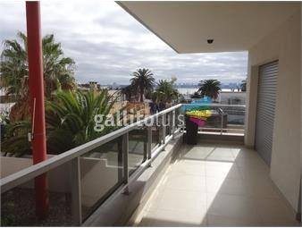 https://www.gallito.com.uy/amplia-terraza-a-pocas-cuadras-del-puerto-inmuebles-19340039