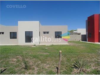 https://www.gallito.com.uy/casa-de-dos-dormitorios-garaje-en-obra-inmuebles-19281047