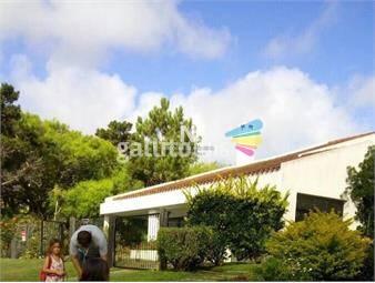 https://www.gallito.com.uy/espectacular-casa-en-venta-yo-alquiler-en-zona-mansa-punta-inmuebles-18619871