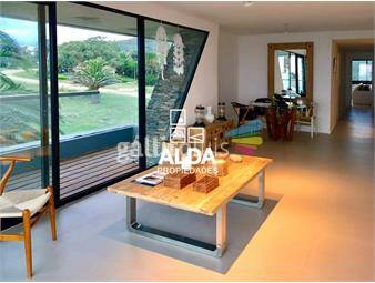 https://www.gallito.com.uy/apartamento-en-san-francisco-penthouse-inmuebles-18379554