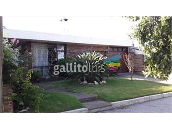 https://www.gallito.com.uy/venta-casa-5-dormitorios-3-baños-servicio-carrasco-sur-inmuebles-18354939