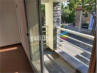 https://www.gallito.com.uy/apartamento-2-dormitorios-1-baño-frente-terraza-1ox-escale-inmuebles-19392833