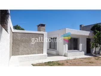 https://www.gallito.com.uy/venta-a-una-cuadra-de-la-rambla-inmuebles-18685397