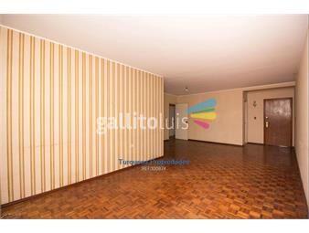 https://www.gallito.com.uy/excelente-1er-piso-en-pocitos-nuevo-de-los-que-ya-no-hay-inmuebles-13827005