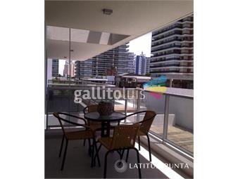 https://www.gallito.com.uy/apartamento-en-brava-inmuebles-18249980